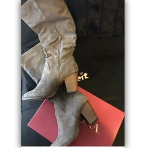NEW Merona Gray Sexy Faux-Suede Scrunch Boots - 11